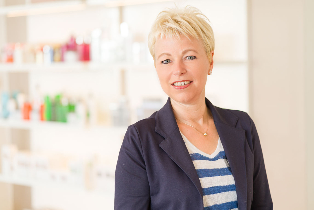 Inis Büsching, Inhaberin von Kosmetikstudio Büsching