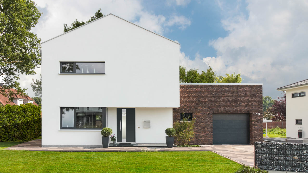 Haus im Bauhausstil von ECO System HAUS